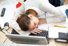 mất ngủ thường xuyên