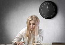 giảm bớt tác hại của thức khuya