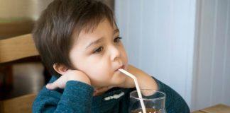 thực phẩm không nên cho trẻ em