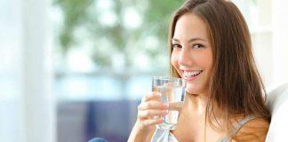 uống nước ấm mỗi ngày